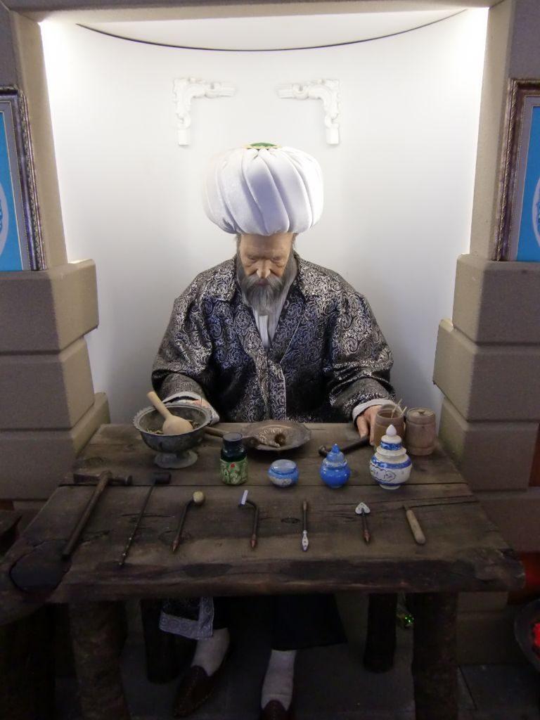 Rondreis Midden Turkije Amasya medisch museum ottomaanse arts met scalpels