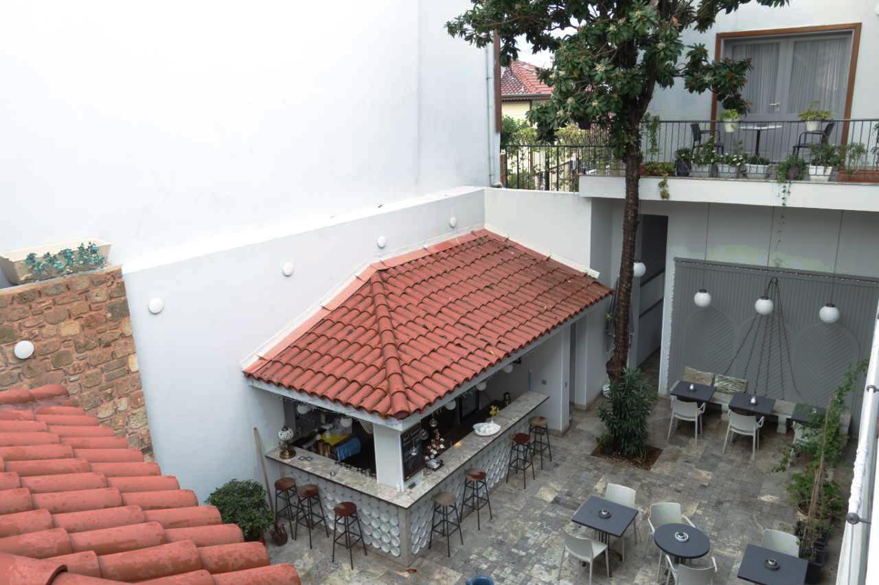 Delight Deluxe patio