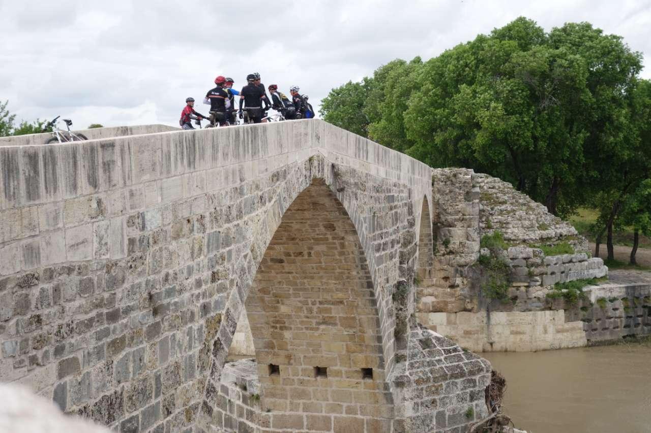 Bikefun Turkije Aspendos brug
