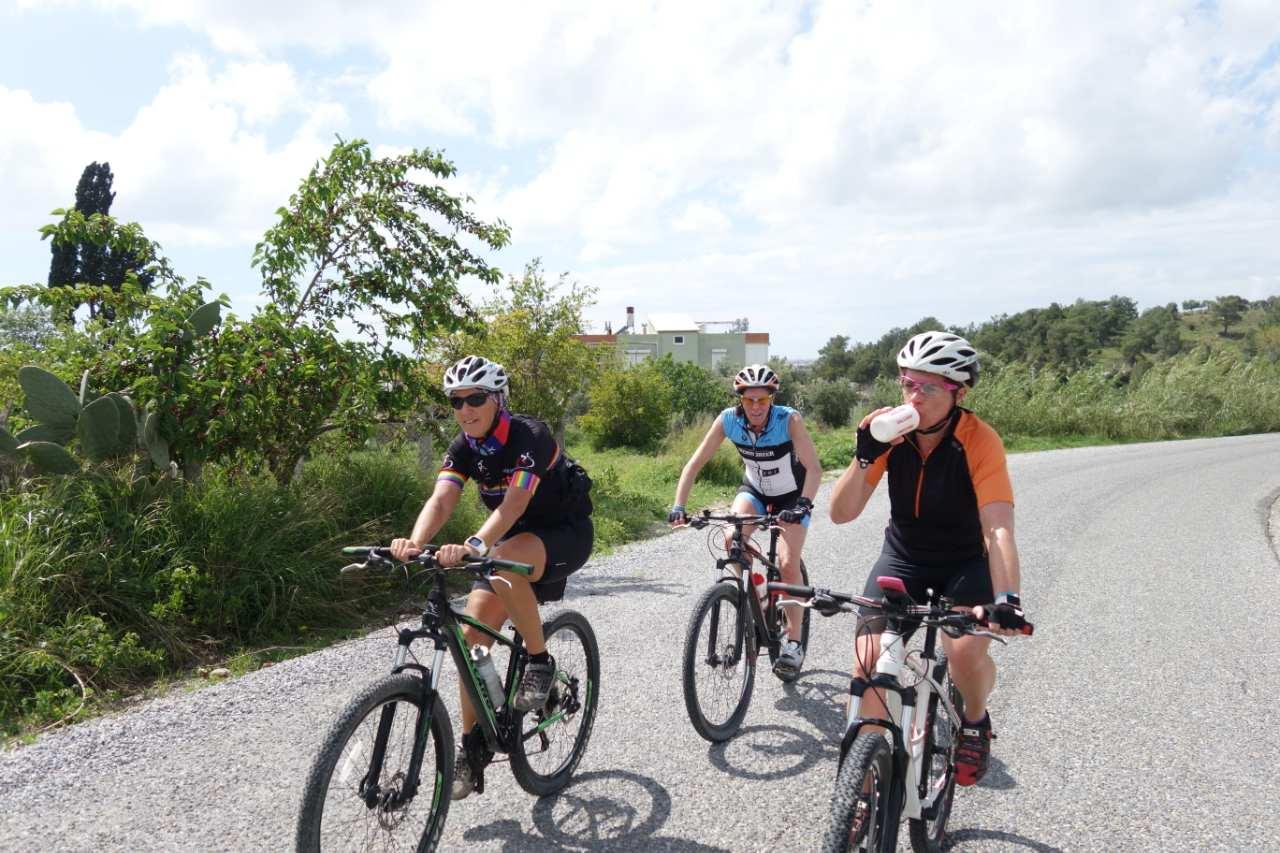 Bikefun Turkije fietsende dames