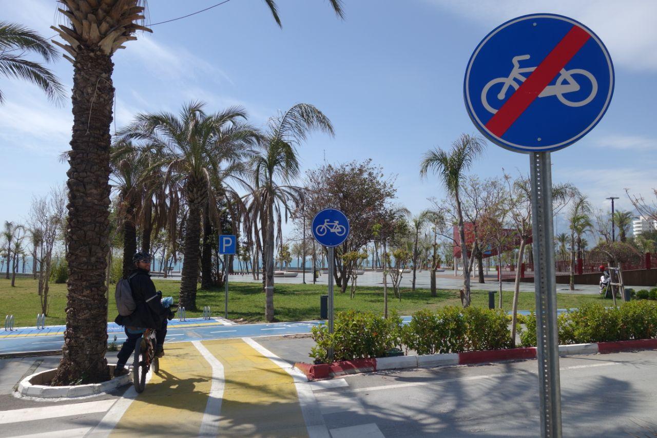 Fietstocht in Antalya Konyaalti fietspad
