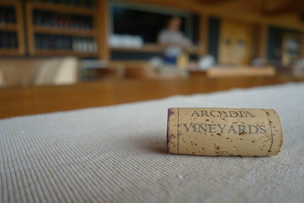 Kurk met opschrift Arcadia Vineyards op witte ondergrond