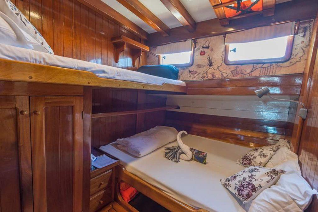 Ventus Sailing Borina hut met twee bedden