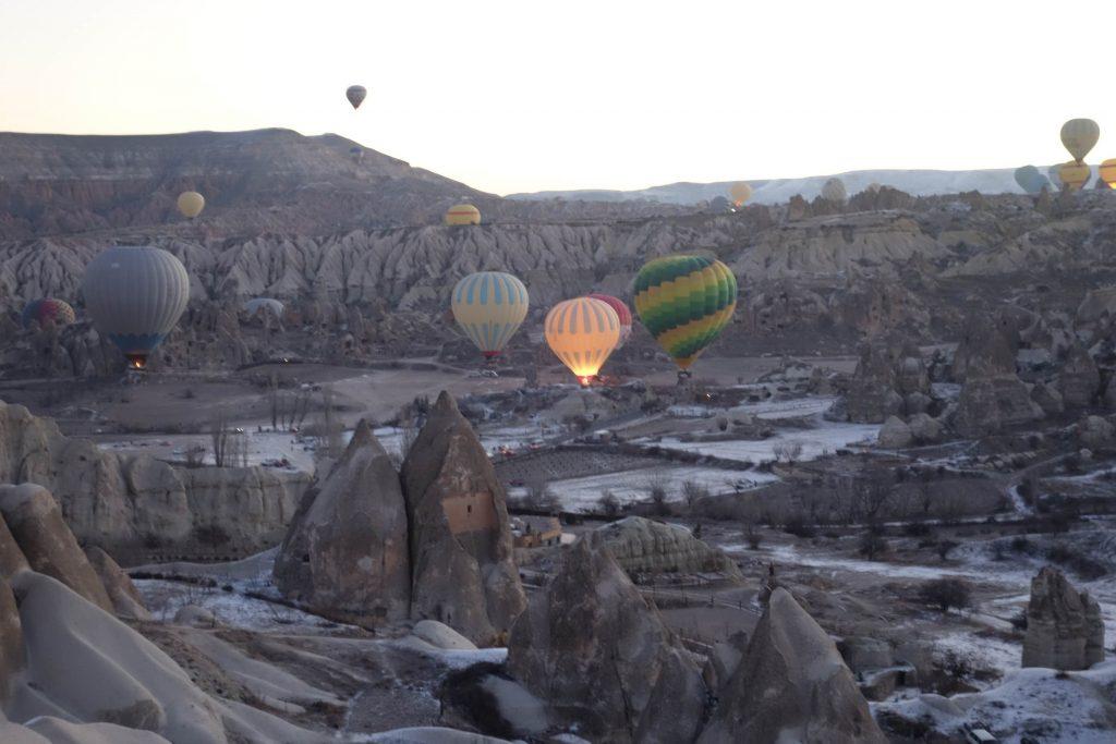 Vallei Göreme met luchtballonen