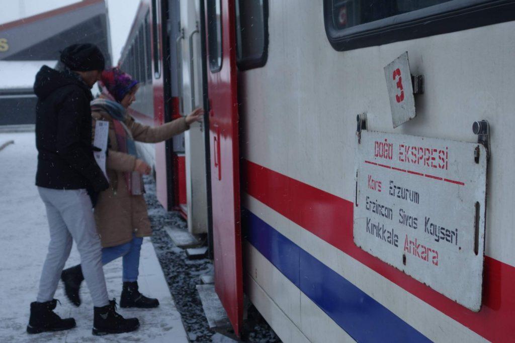 Dogu Express Kars instappen