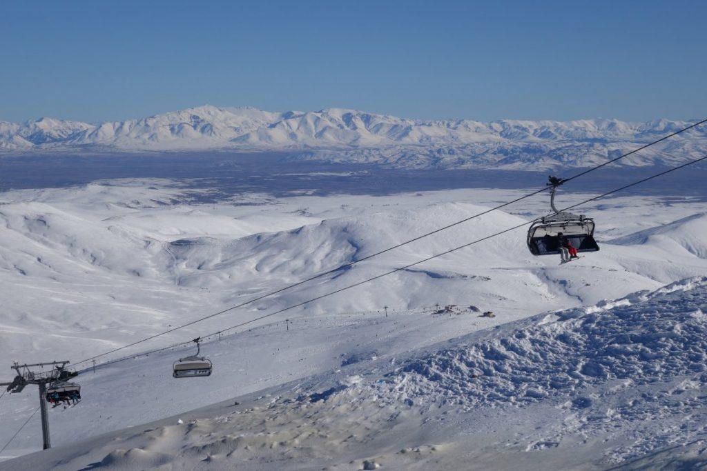Wintersport op Erciyes, stoeltjeslift